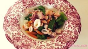 Receta de menestra de verduras con calamares