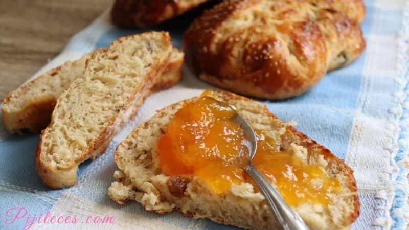 Pan dulce con dátiles