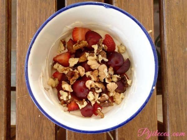 Bol de frutas saludable