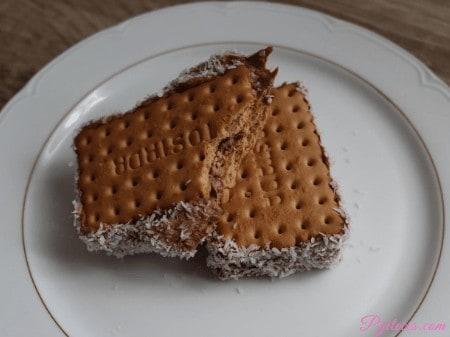 Sandwich de helado de plátano y chocolate