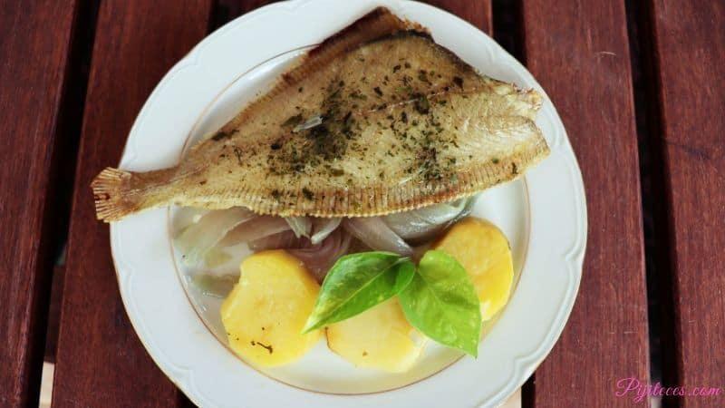 Asado de pez gallo con patatas