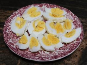 Huevos partidos